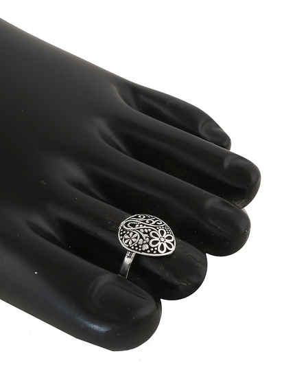 Floral Design Oxidised Toe Rings