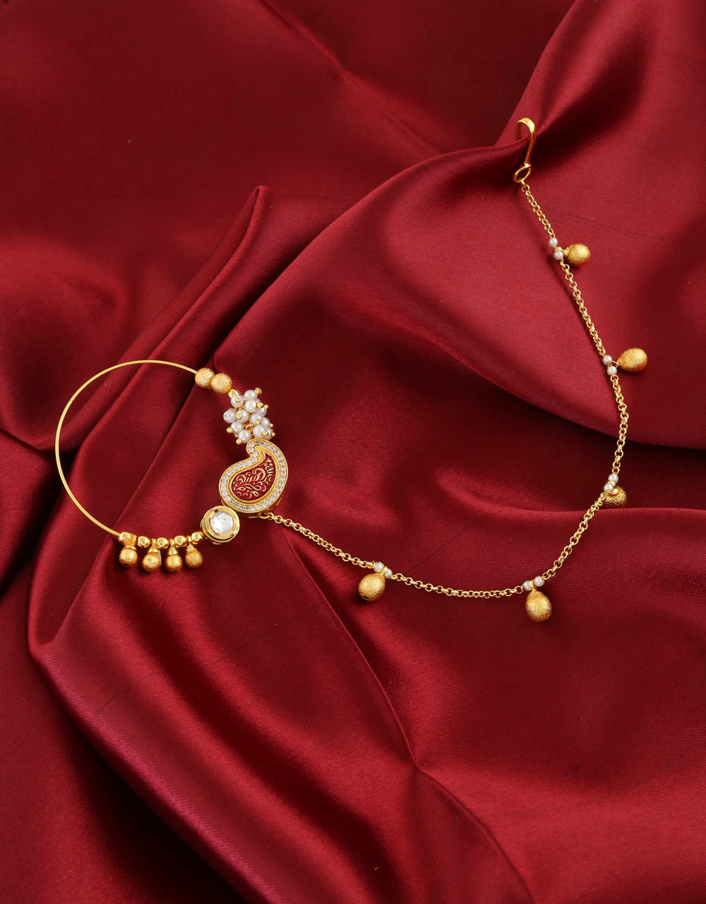 Simple Gold Finish Fashionable Nose Ring