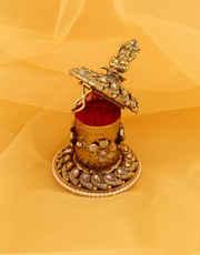 Antique Gold Finish Fancy Sindoor Box