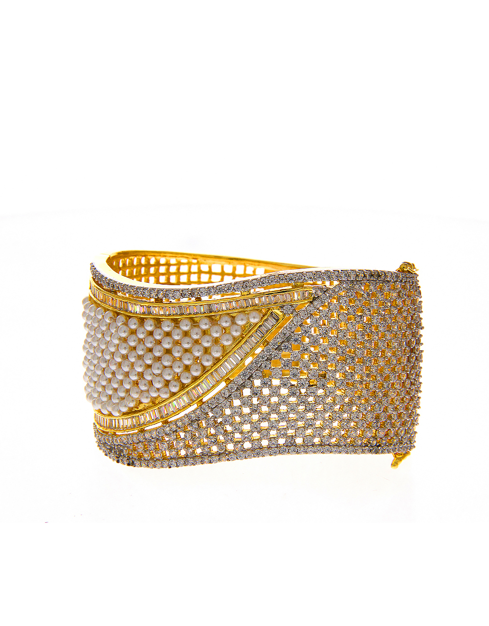 Gold Finish Bracelets Studded With Diamond And Pearls Beads Bracelets