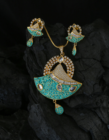 Green Colour Gold Finish Very Classy Designer Diamond Jewellery Set
