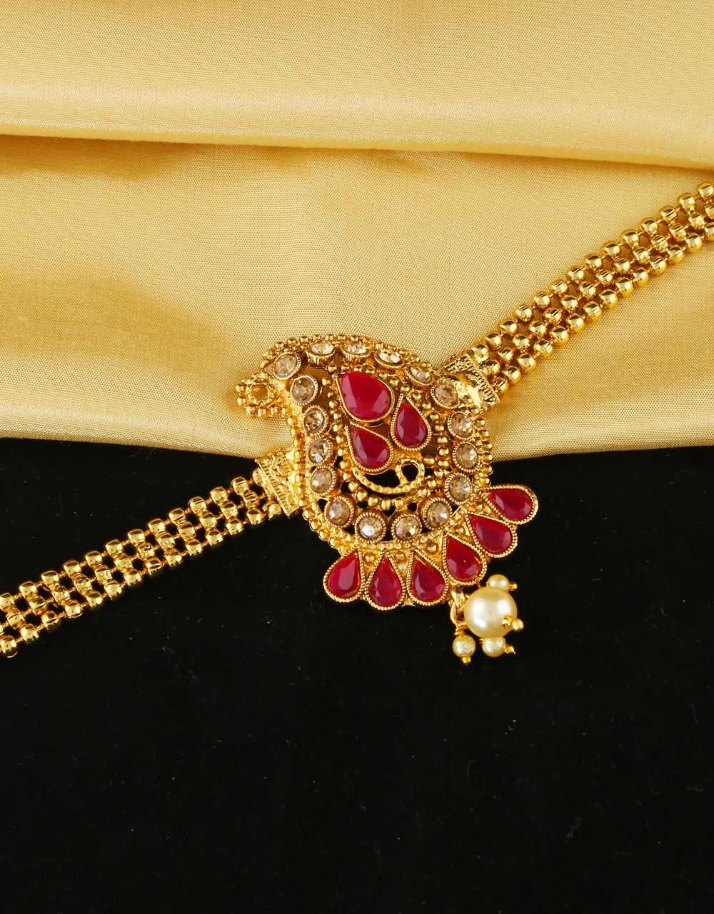 Red Colour Gold Finish Fancy Bajuband Armlet