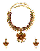 Floral Pearls Styled Studded With Fancy Design Necklace For Women