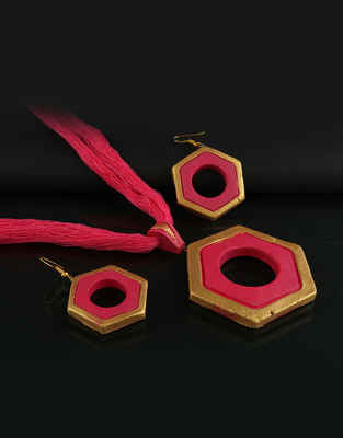 Red Colour Gold Finish Terracotta Necklace