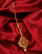 Red Colour Gold Finish Traditional Maang Tika