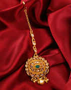 Green Colour Fancy Gold Finish Traditional Mang Tikka