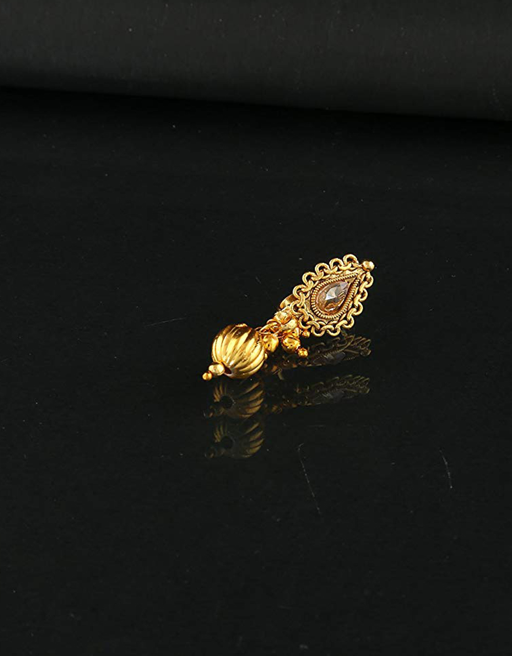 Very Classy Gold Finish Nose Stud