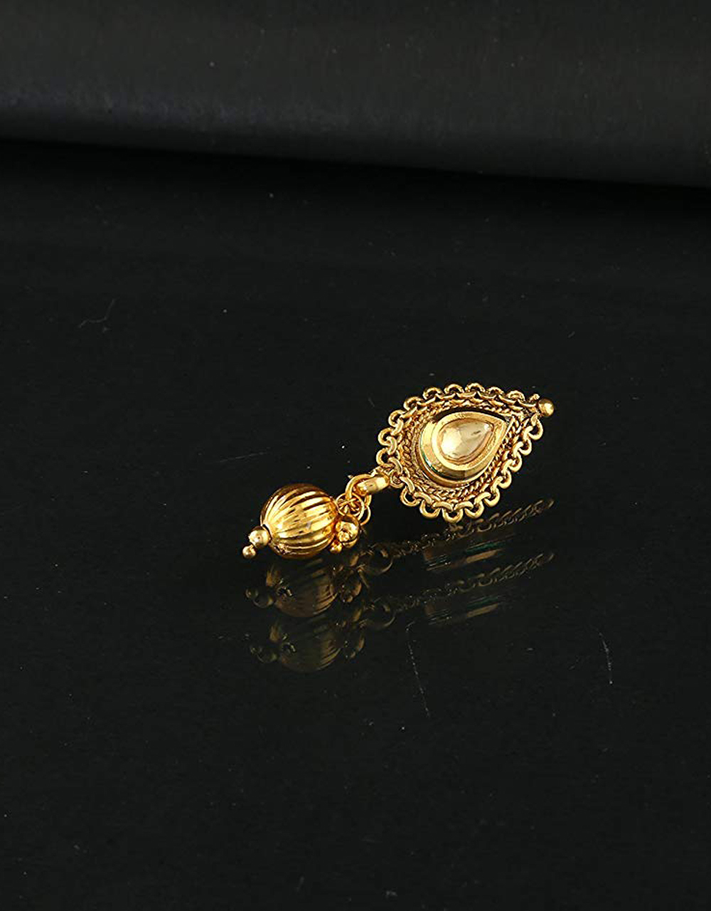 Droplet Shape Gold Finish Nose Stud