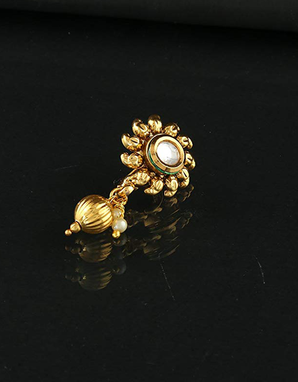 Floral Design Gold Finish Nose Pin