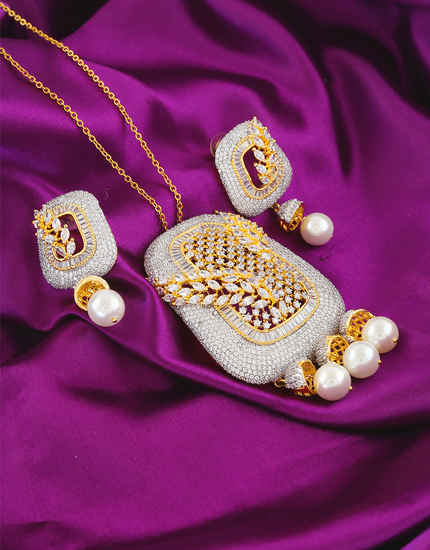 Designer Pendant Set Studded With Diamond Fancy Jewellery Set
