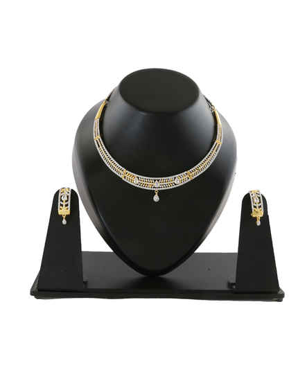 Fashionable Gold Finish Diamond Necklace