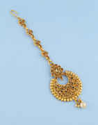 Floral Design Gold Finish Fancy Mang Tika Jewellery