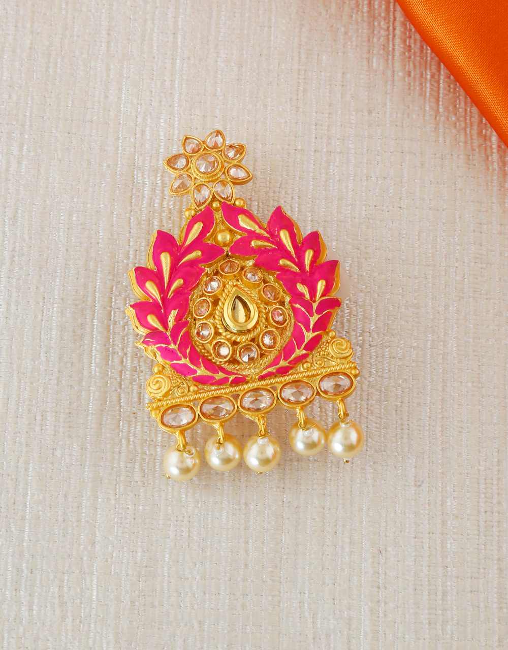 Pink Colour Sari Pin Styled With Pearls Beads Fancy Saree Pin