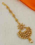 Adorable Gold Finish Stunning Mang Tikka For Girls