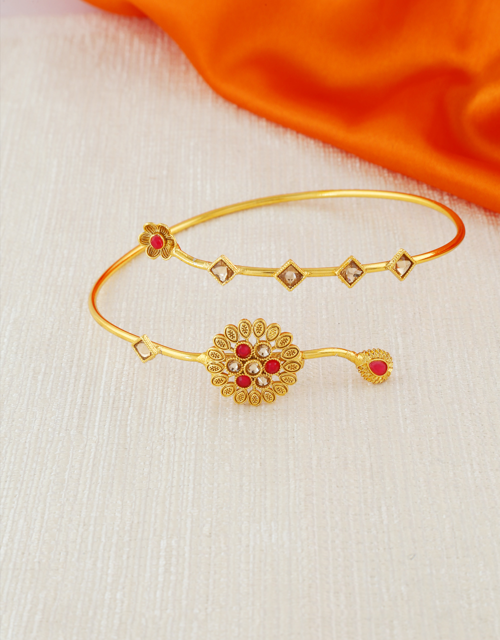Floral Design Red Colour Gold Finish Bajuband