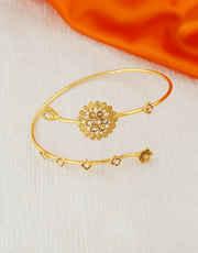Very Classy Gold Finish Bajuband Fancy