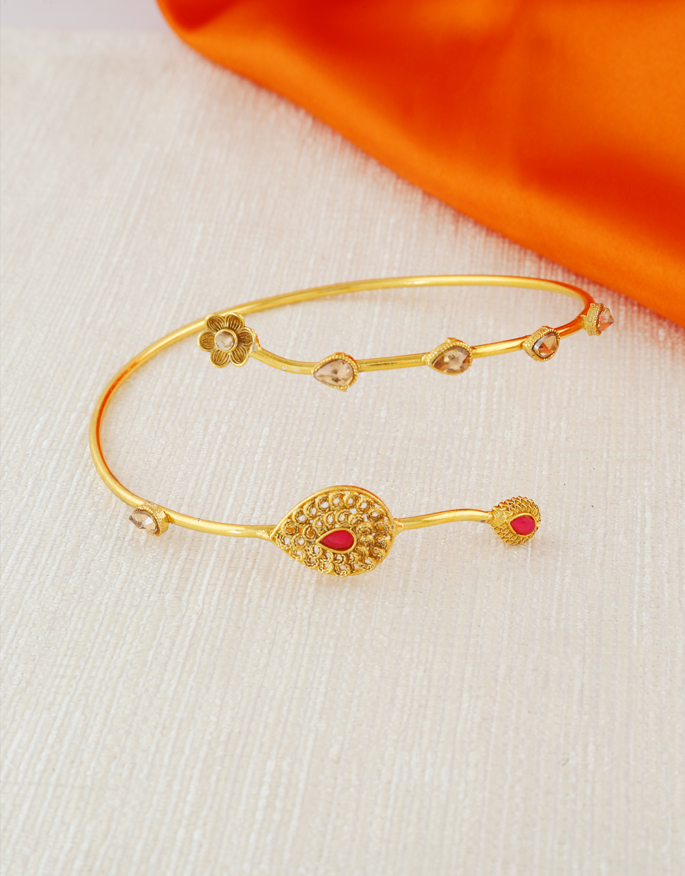 Red Colour Gold Finish Traditional Bajuband