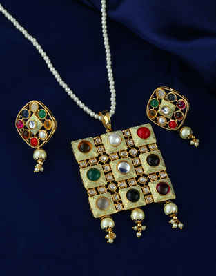 Multi Colour Gold Finish Designer Daily Wear Kundan Pendant Set