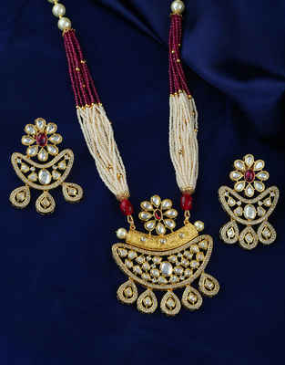 Gold Finish Pink Colour Kundan Pendant Set Jewellery