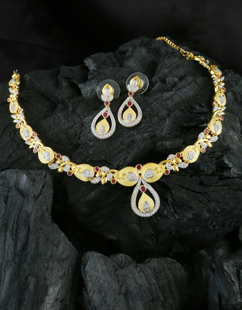 Pink Colour Matte Gold Finish Diamond Wedding Necklace For Girls