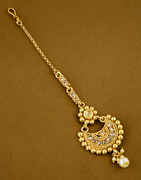 Gold Finish Traditional Mang Tika Jewellery Fancy