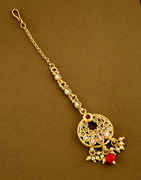 Red Colour Gold Finish Fancy Traditional Mang Tikka