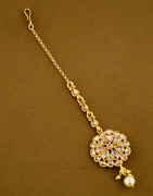 Fashionable Gold Finish Stunning Hair Mang Tikka Jewellery