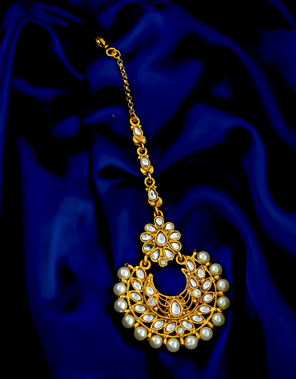 Gold Finish Studded With Stones Fancy Maang Tikka Jewellery