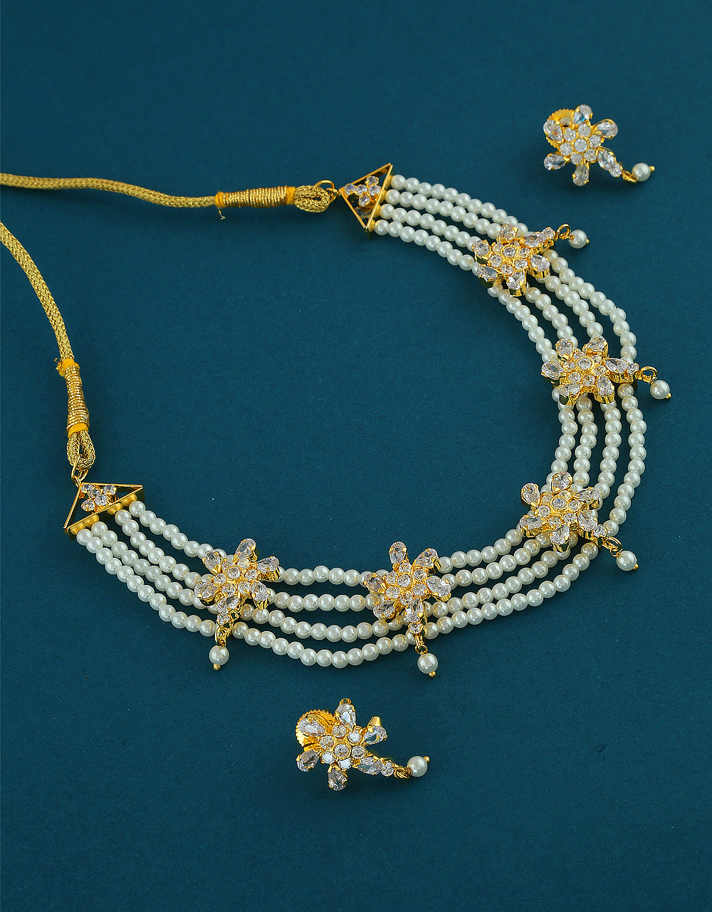 Floral Design Gold Finish Pearls Short Necklace For Girls