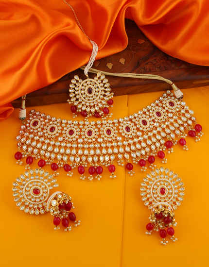 Pink Colour Gold Finish Fashionable Necklace For Wedding Fancy