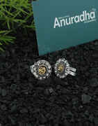 Yellow Colour Silver Finish Stunning Toe Rings For Women
