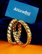 Dazzling Gold Finish Stylish Kundan Bangles For Girls Fancy