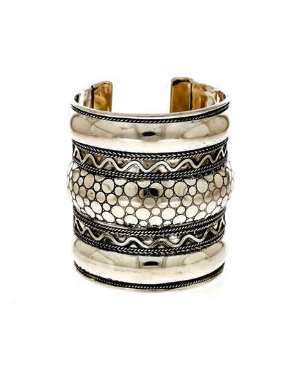 Unique Design Oxidised Silver Finish Fashionable Kada Bracelets For Girls