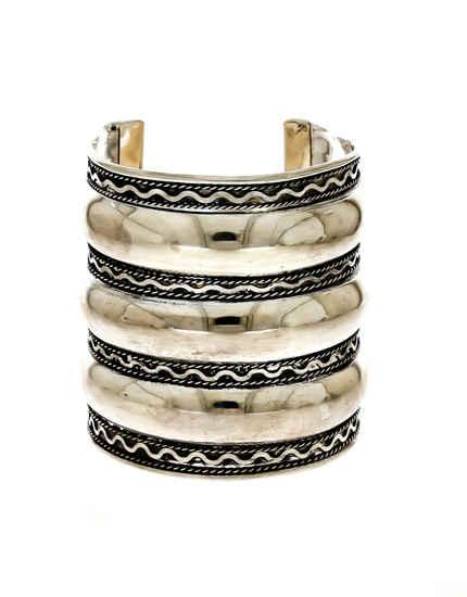 Simple Oxidised Finish Designer Wrist Bracelets For Girls Fancy