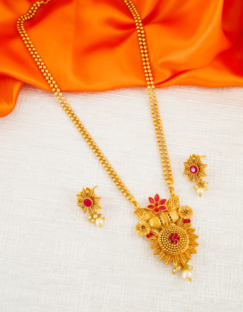 Red Colour Floral Design Yellow Matte Finish Traditional Pendant Set For Girls