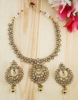 Very Classy Gold Finish Designer Fancy Wear Necklace For Girls