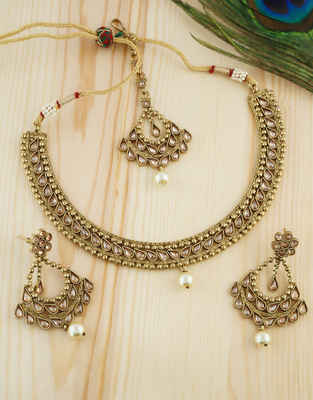Beautiful Gold Finish Necklace Studded With Stones Short Necklace For Girls