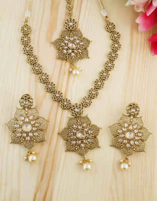 53a4d65558a54 Temple Jewellery: Buy Antique & South Indian Jewellery Online For ...