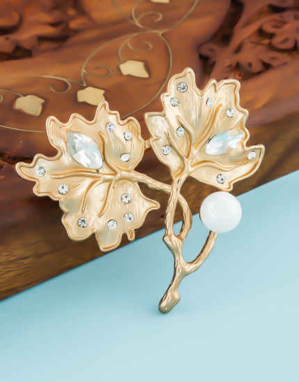Gold Finish Stylish Unique Design Stunning Brooch For Girls