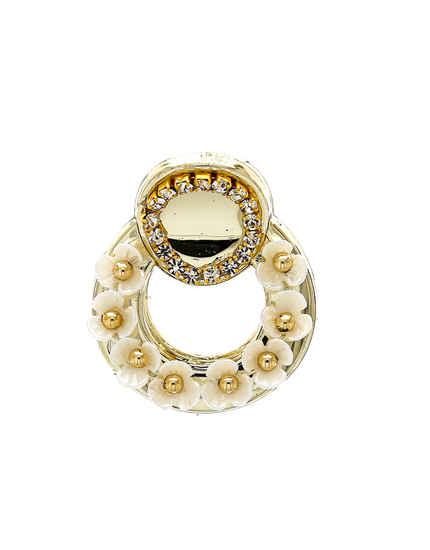 Gold Finish White Flower Styled Fancy Hair Pin Clutcher For Girls