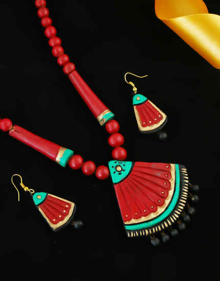 Red Colour Adorable Terracotta Necklace For Girls Fancy