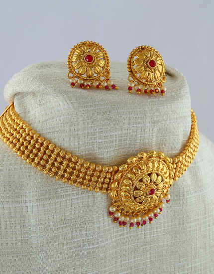 Red Colour Gold Finish Necklace Styled With Pearls Beads Fancy Moti Necklace