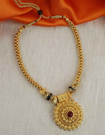 Black Colour Gold Finish Maharashtrian Thushi Necklace