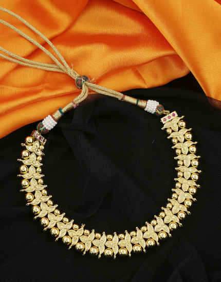 Unique Design Gold Finish Marathi Thushi For Women