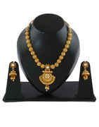 Simple Gold Finish Kundan Necklace For Women Traditional