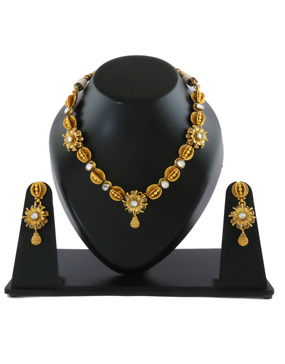 Matte Gold Finish Kundan Necklace For Women Traditional