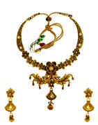 Fashionable Matte Gold Finish Kundan Necklace For Traditional