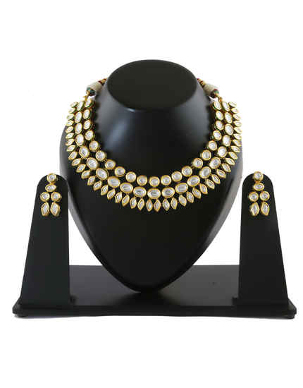 Adorable Gold Finish Wedding Kundan Necklace Jewellery