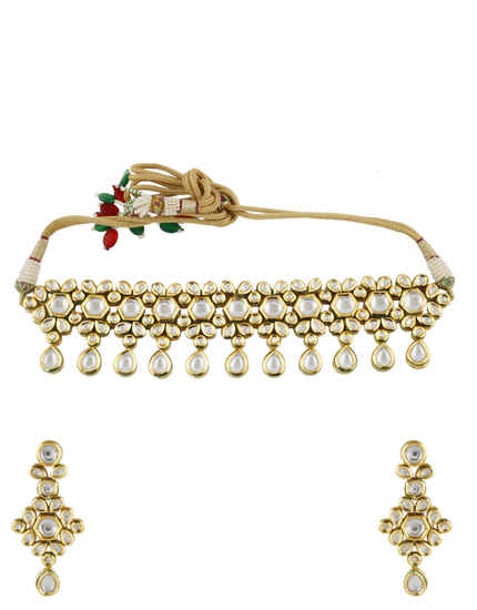 Beautiful Gold Finish Traditional Kundan Necklace For Women
