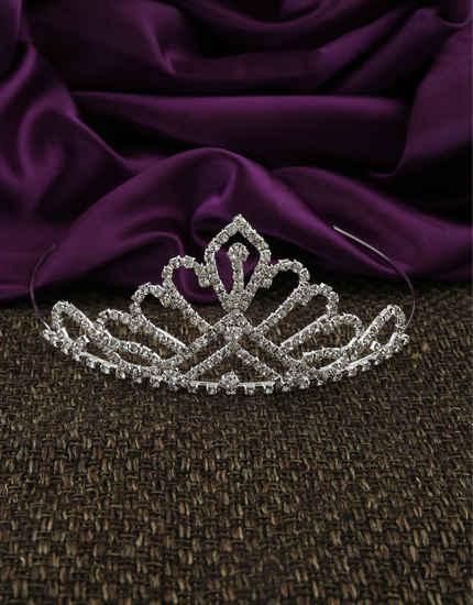 Designer Silver Finish Headwear Hair Crown For Pre-Wedding Shoot
